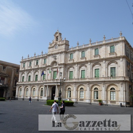 Piazza Università